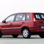 Ford Fusion 2006 zaga