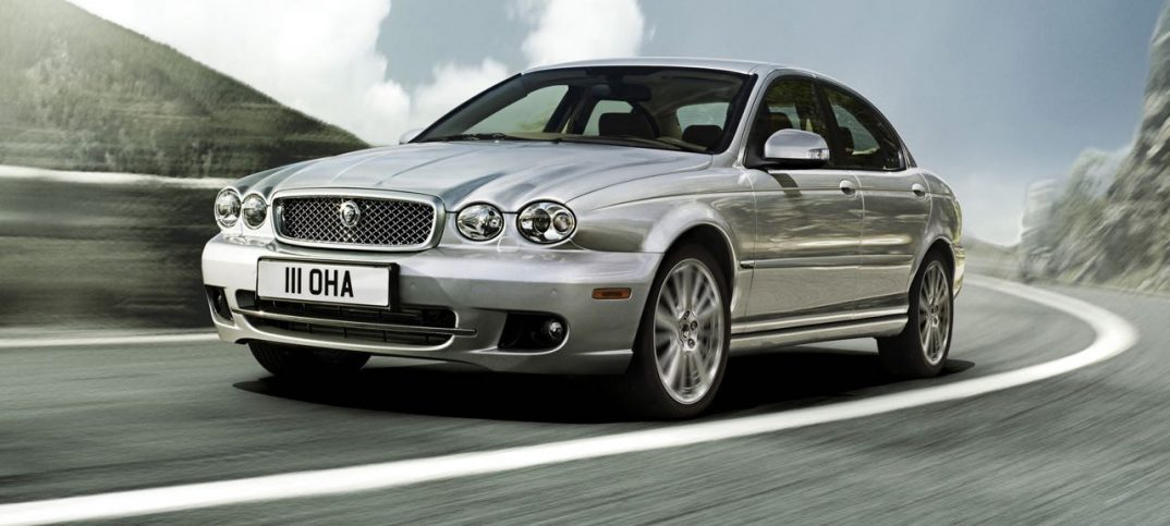 Jaguar X-Type 2008 acción