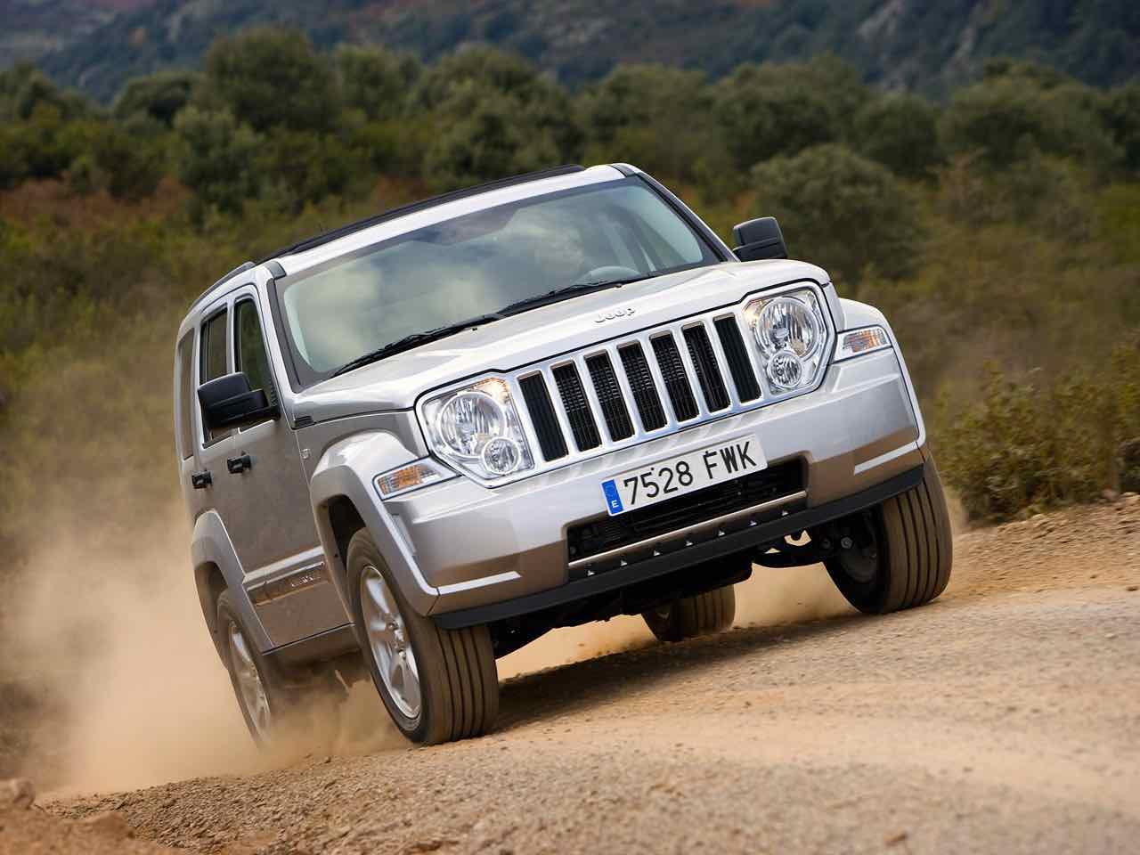 Jeep Cherokee 2008 – 6