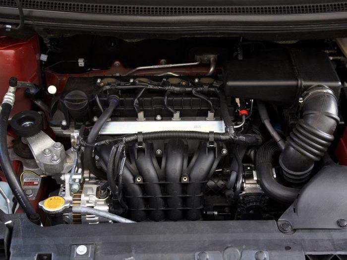 Mitsubishi Colt 2009 1.3 L, rot, 70 kW, 1332 cc, 5Gang