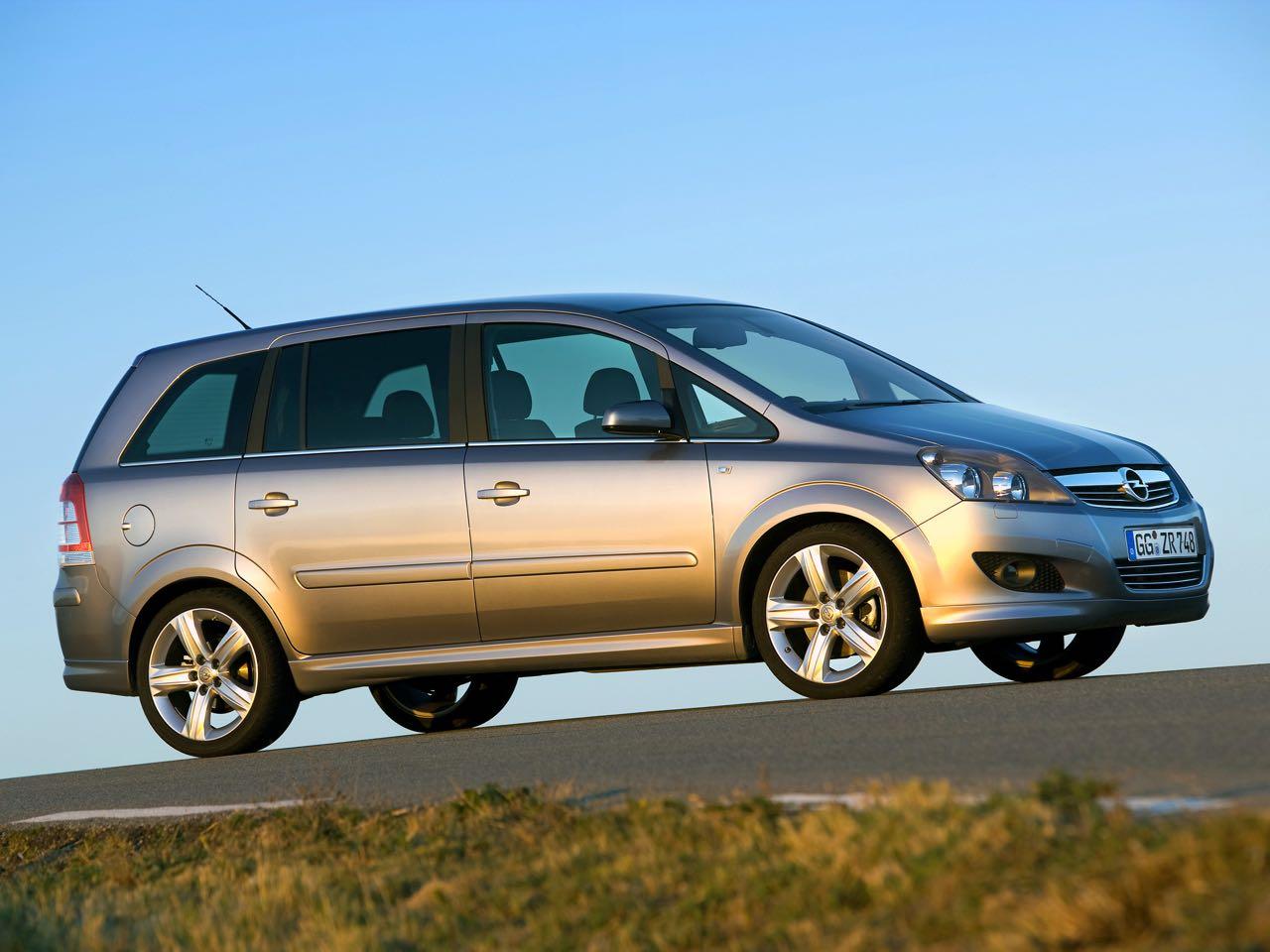 Opel Zafira 2008 – 20