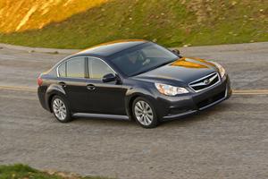 Subaru Legacy lateral