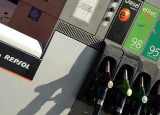 surtidor gasolina 95 98