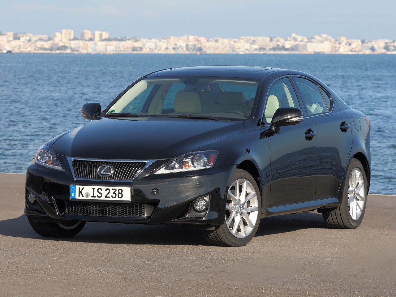 Lexus IS 2010 – 8
