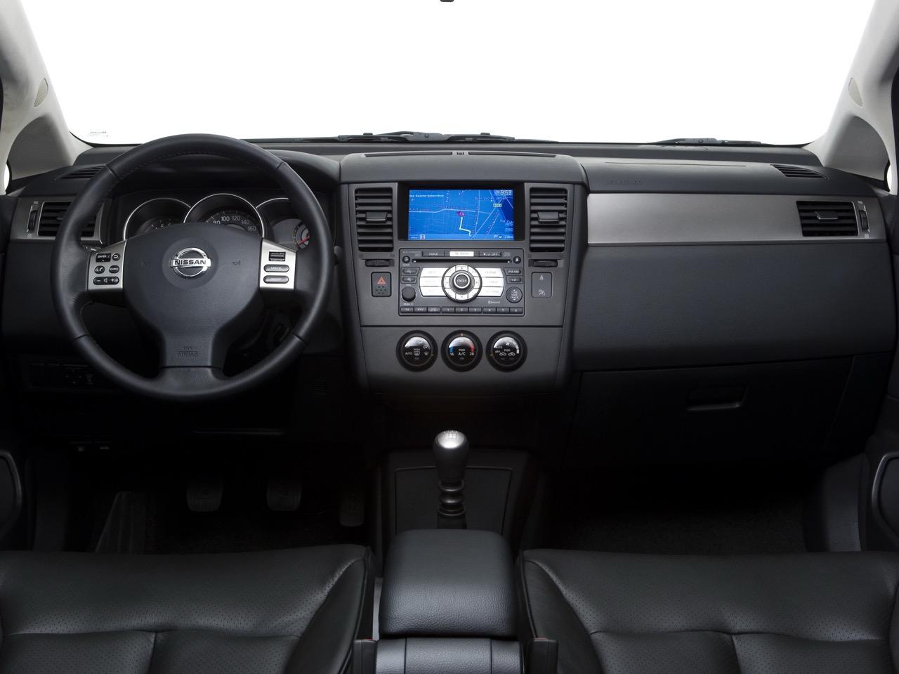 Nissan Tiida 2008 Precios Motores Equipamientos