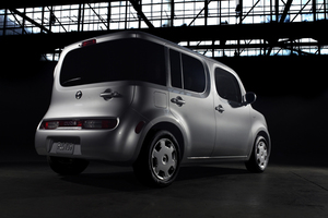 Nissan Cube trasera