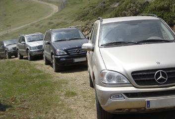 La aventura de conducir un todoterreno mercedes for Mercedes benz aventura