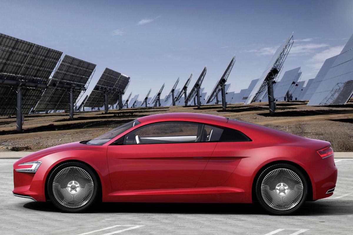 Audi e-tron lateral