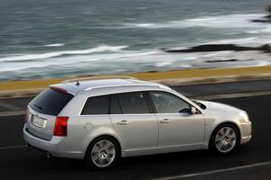 Cadillac BLS Wagon lateral