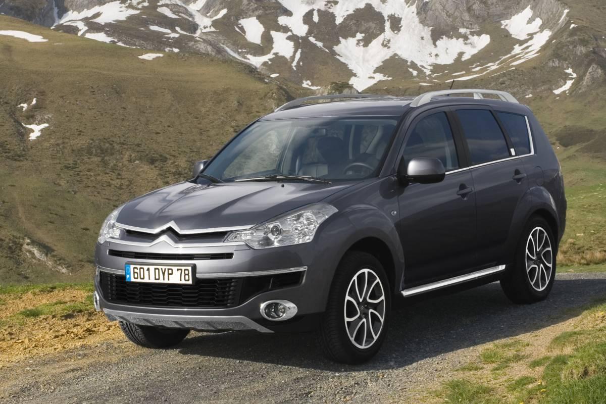 Citroën C-Crosser nieve