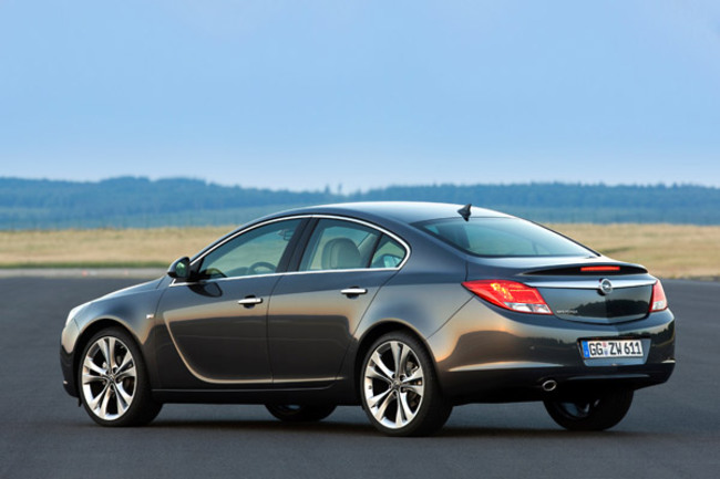 Opel Insignia posterior