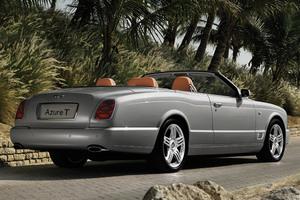 Bentley Azure T trasera