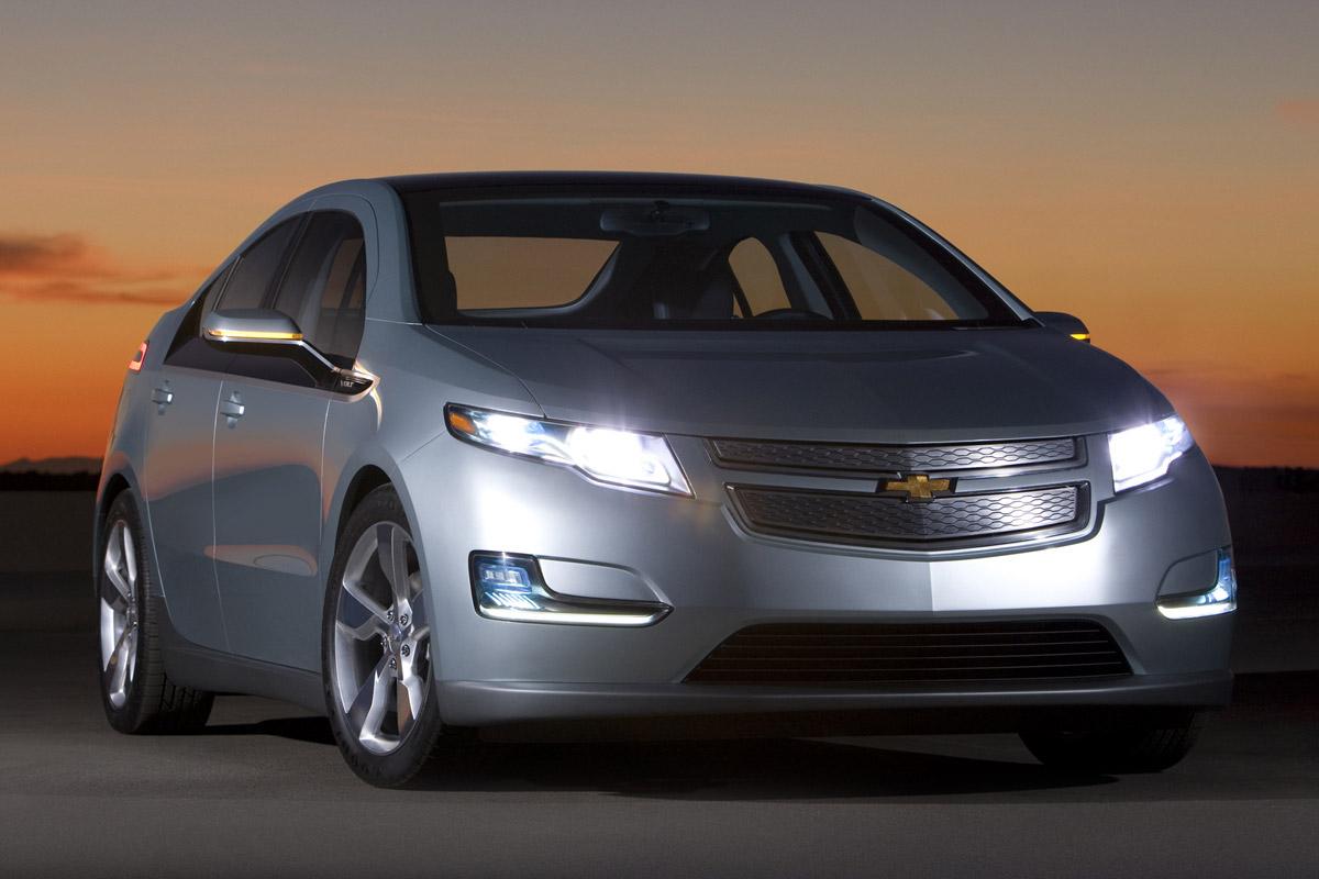 Chevrolet Volt noche