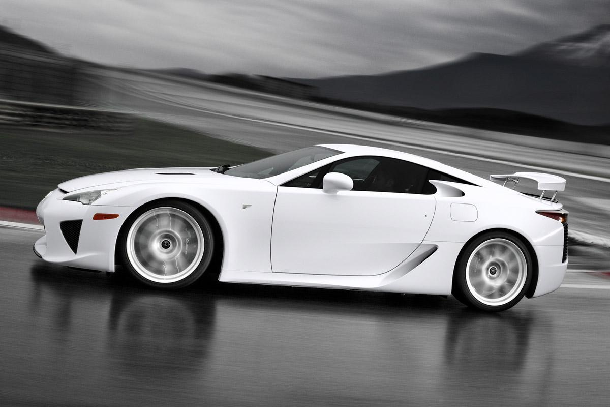 Lexus LFA blanco lateral