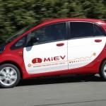 Mitsubishi i-MiEV 2010 vista lateral