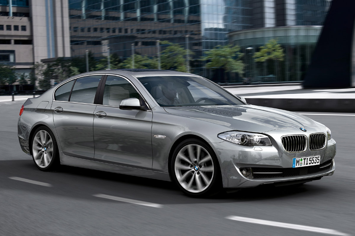 BMW Serie 5 gris frontal