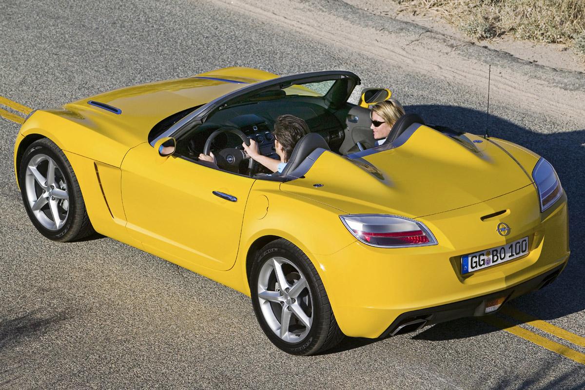 Opel Gt Acelera Con Este Descapotable