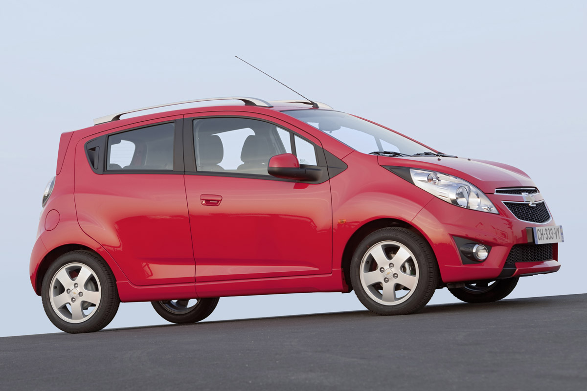 Chevrolet Spark lateral