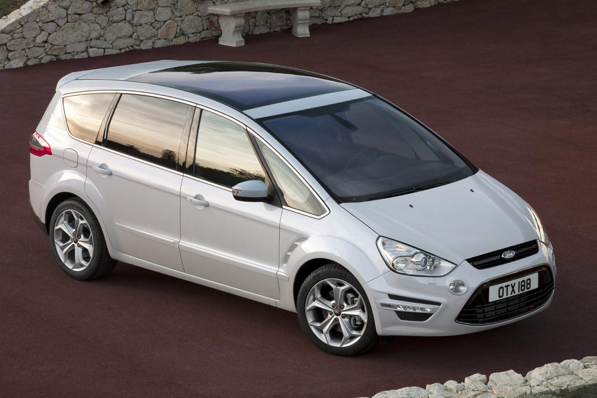 Ford S-Max blanco estático