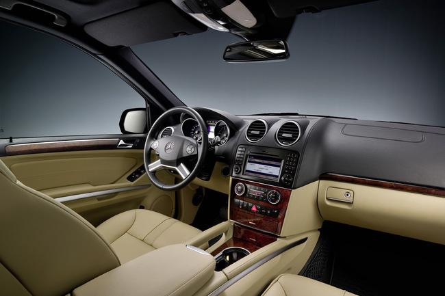 Mercedes Clase M 2008 puesto de conducción