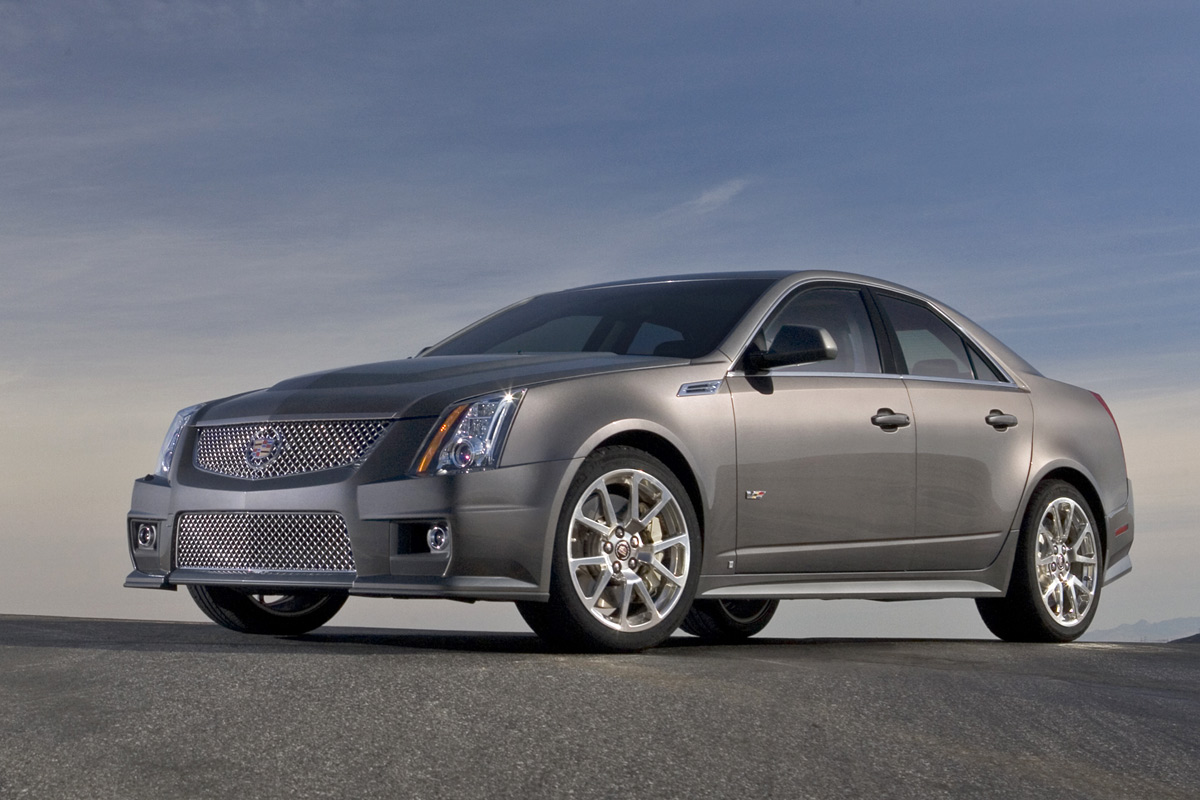 Cadillac CTS-V Coupe estático