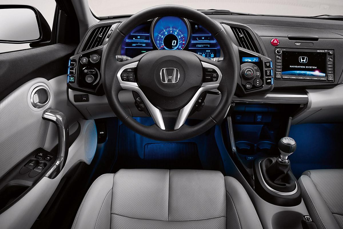 Honda CR-Z 2010 vista del salpicadero