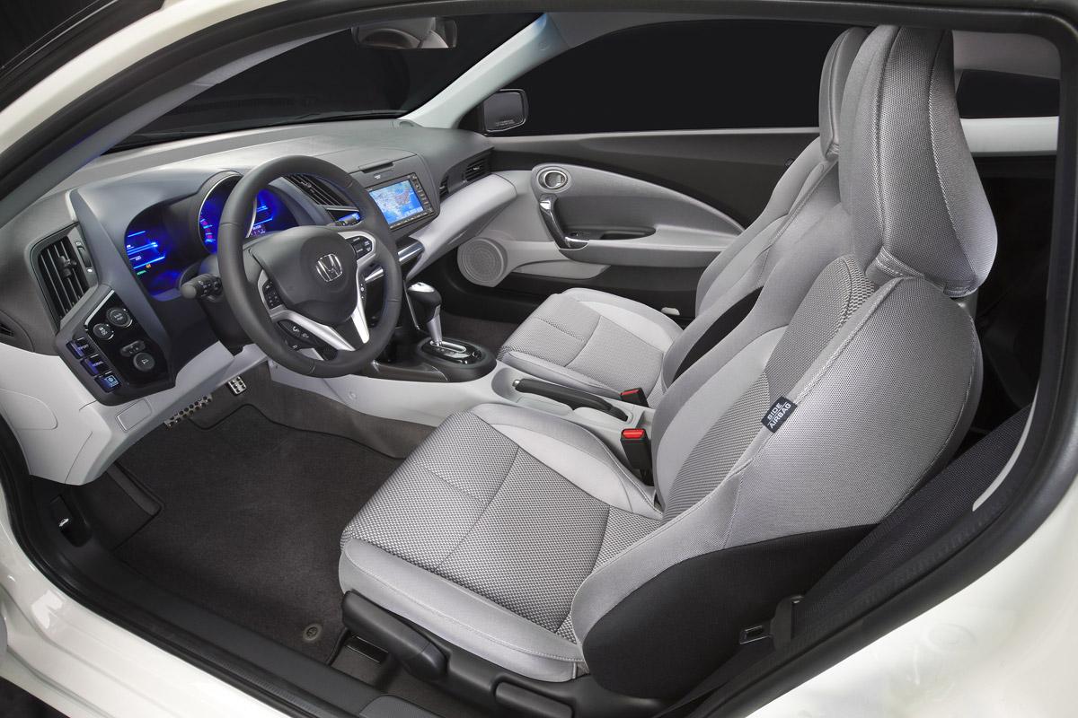 Honda CR-Z 2010 vista del puesto de conducción