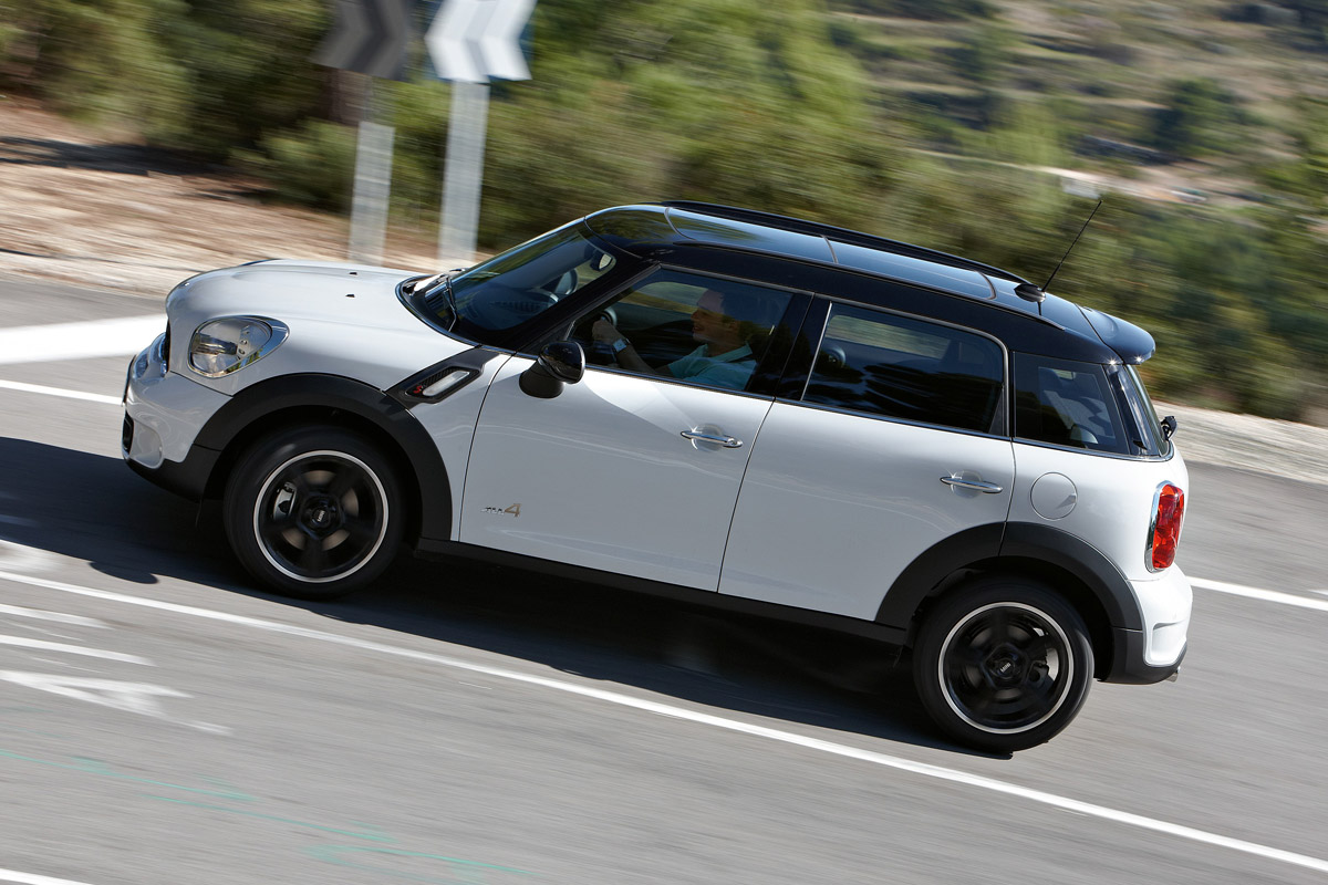 2010 mini cooper s countryman related infomation. Black Bedroom Furniture Sets. Home Design Ideas