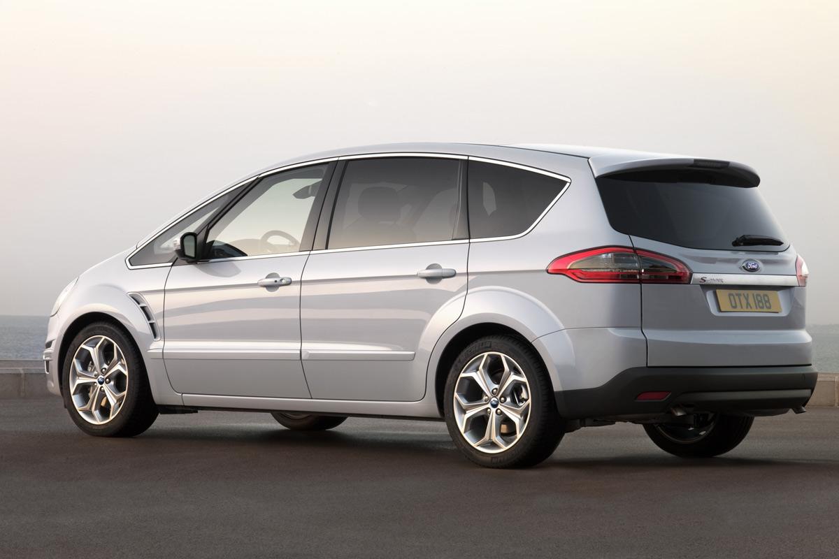Ford S-Max tres cuartos trasero