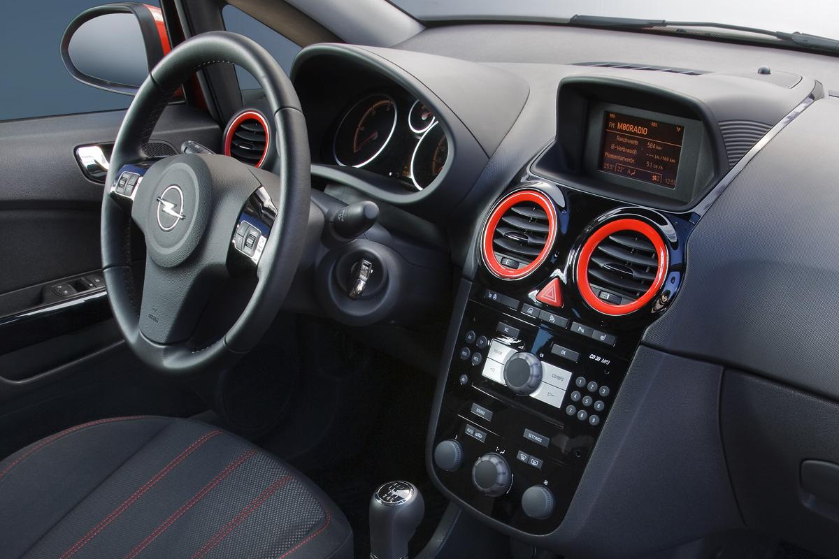 Opel corsa interior for Opel corsa b interieur