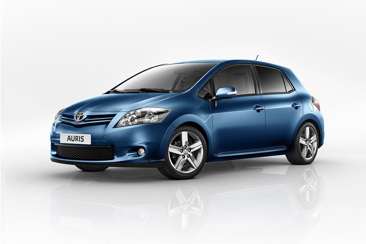 Toyota Auris 2016 >> El Toyota Auris 2010 ya está a la venta