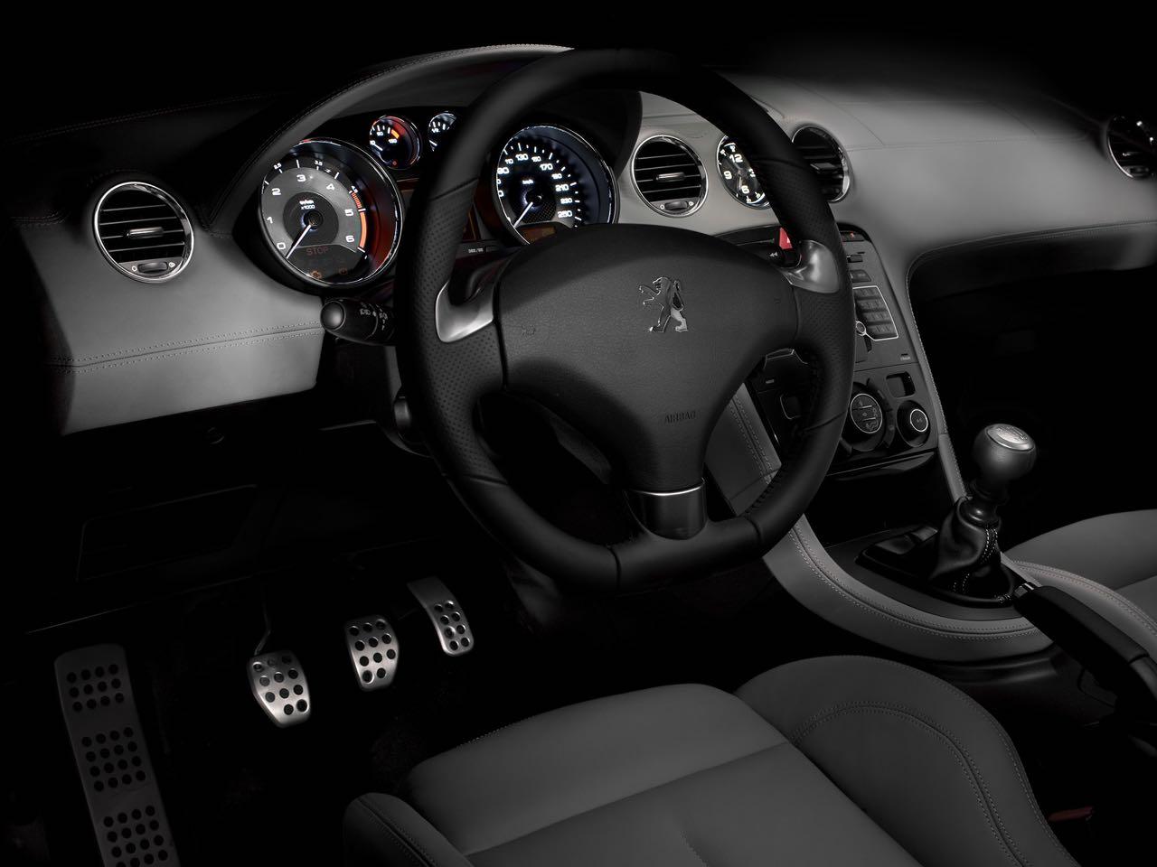 Peugeot RZC 2010 interior