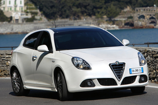 Alfa Romeo Giulietta 2010 vista frontal