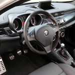 Alfa Romeo Giulietta 2010 interior
