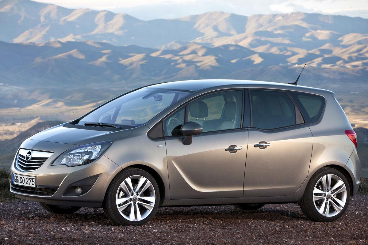 Opel Meriva 2010 vista estático