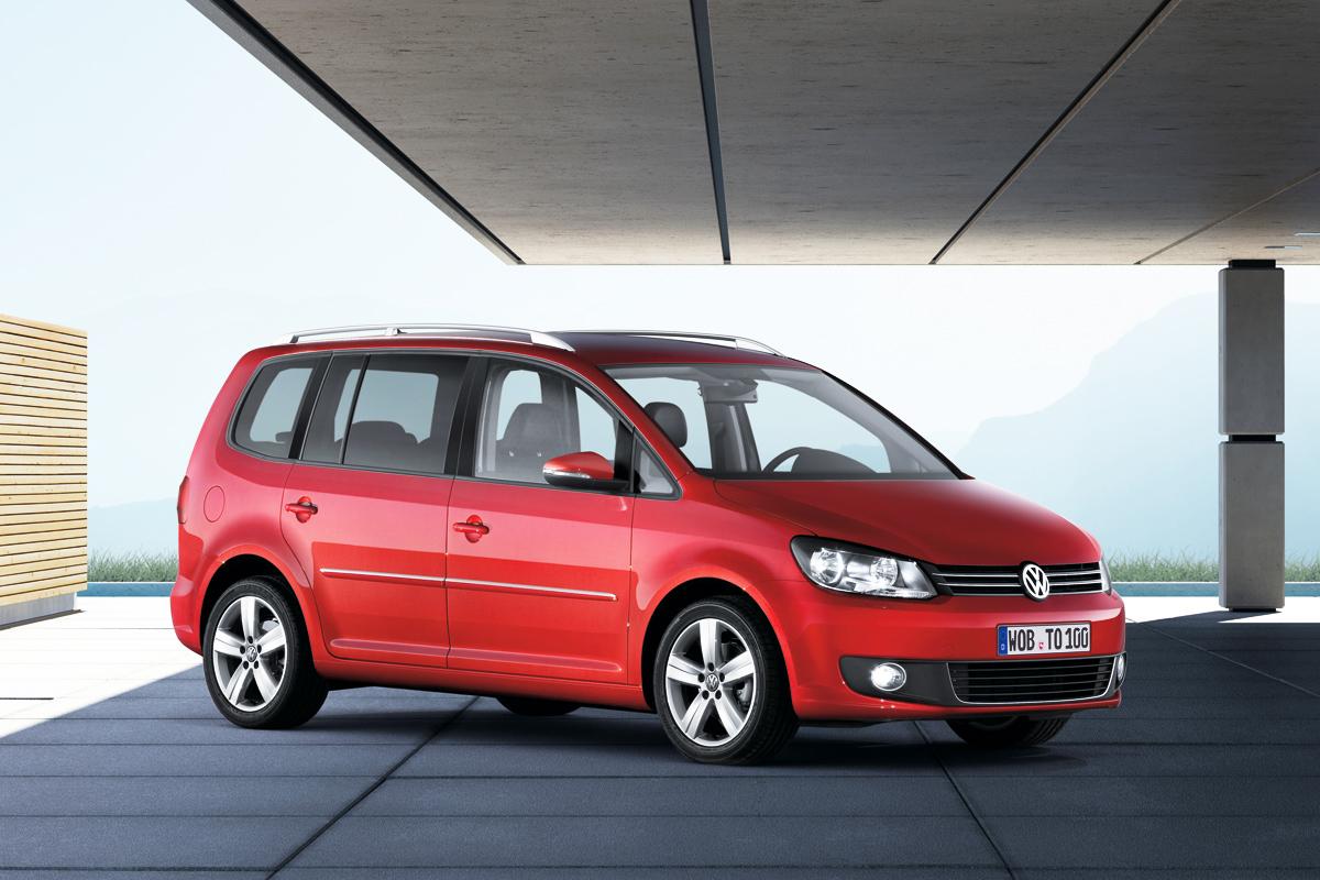Volkswagen Touran 2010 estático