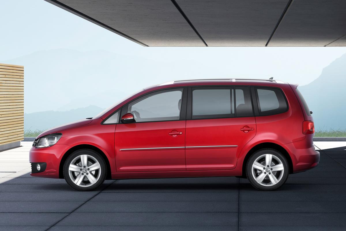 Volkswagen Touran 2010 vista lateral