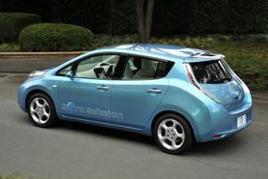 Miles de reservas para el Nissan Leaf