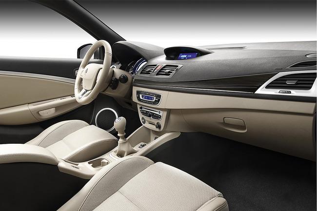 Renault Mégane Coupé-Cabriolet 2010 interior