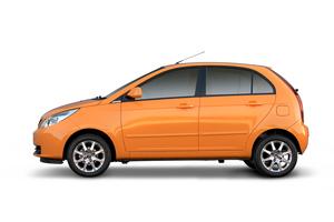 TATA Indica Vista naranja lateral