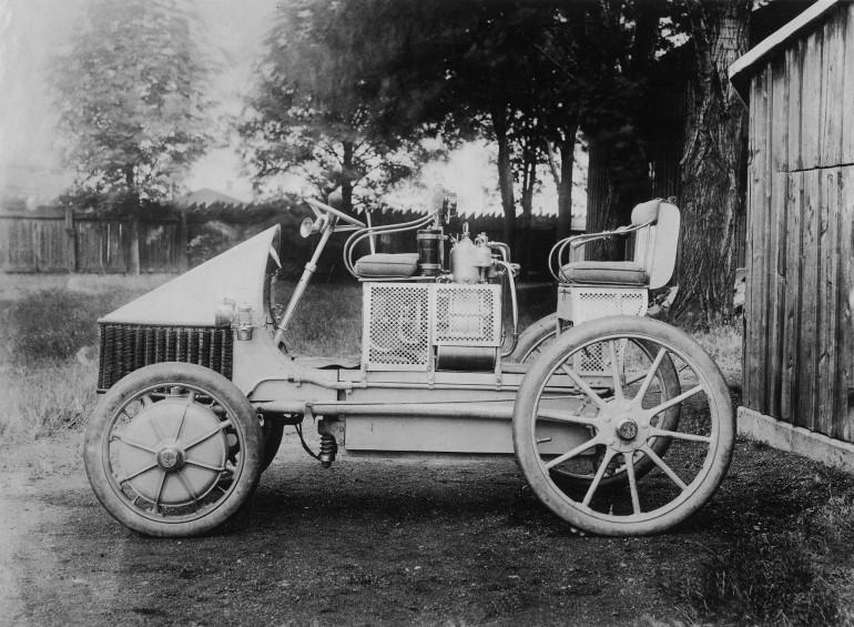 porsche-semper-vivus-hybrid-1900-10