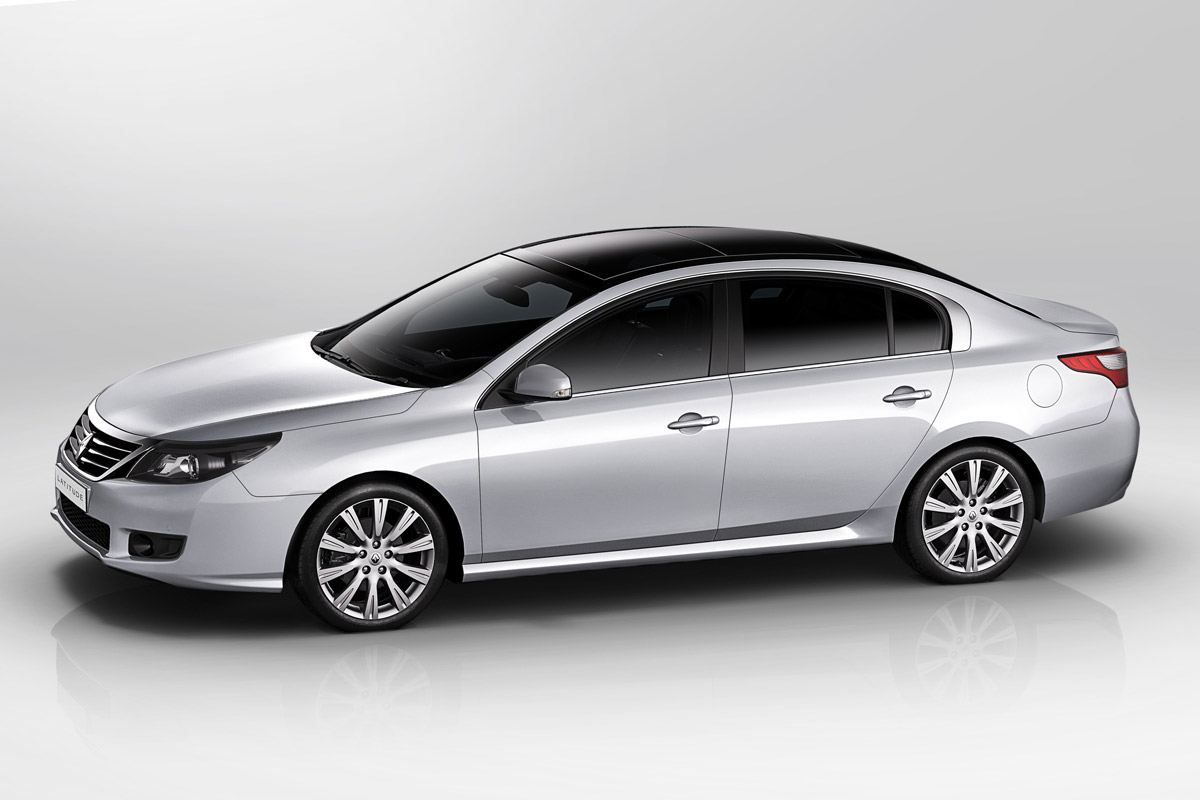 Renault Latitude 2011 lateral