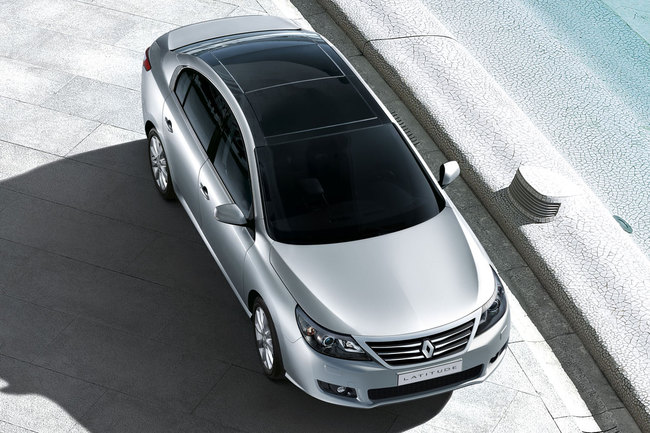 Renault Latitude 2011 cenital
