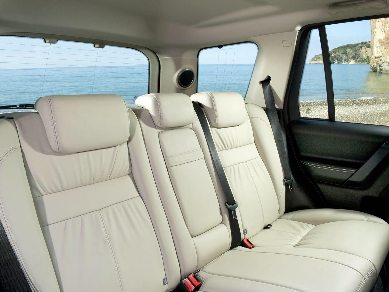 Land Rover Freelander 2010 asientos traseros