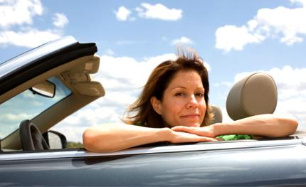 mujer-coche