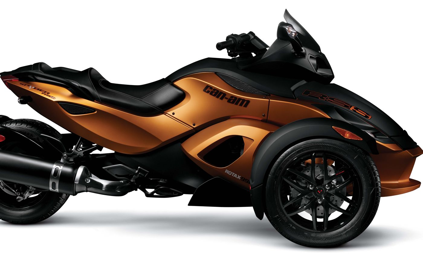 can am spyder el roadster de 3 ruedas se renueva. Black Bedroom Furniture Sets. Home Design Ideas