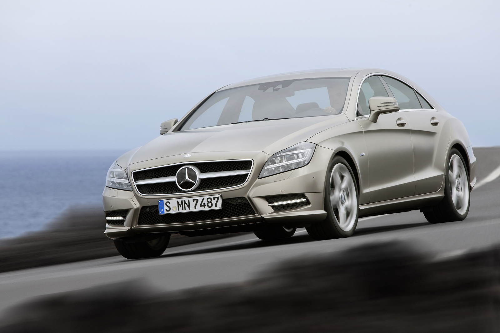 Mercedes_Benz_CLS_11