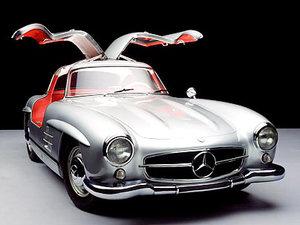 Mercedes 300 SL versión calle.