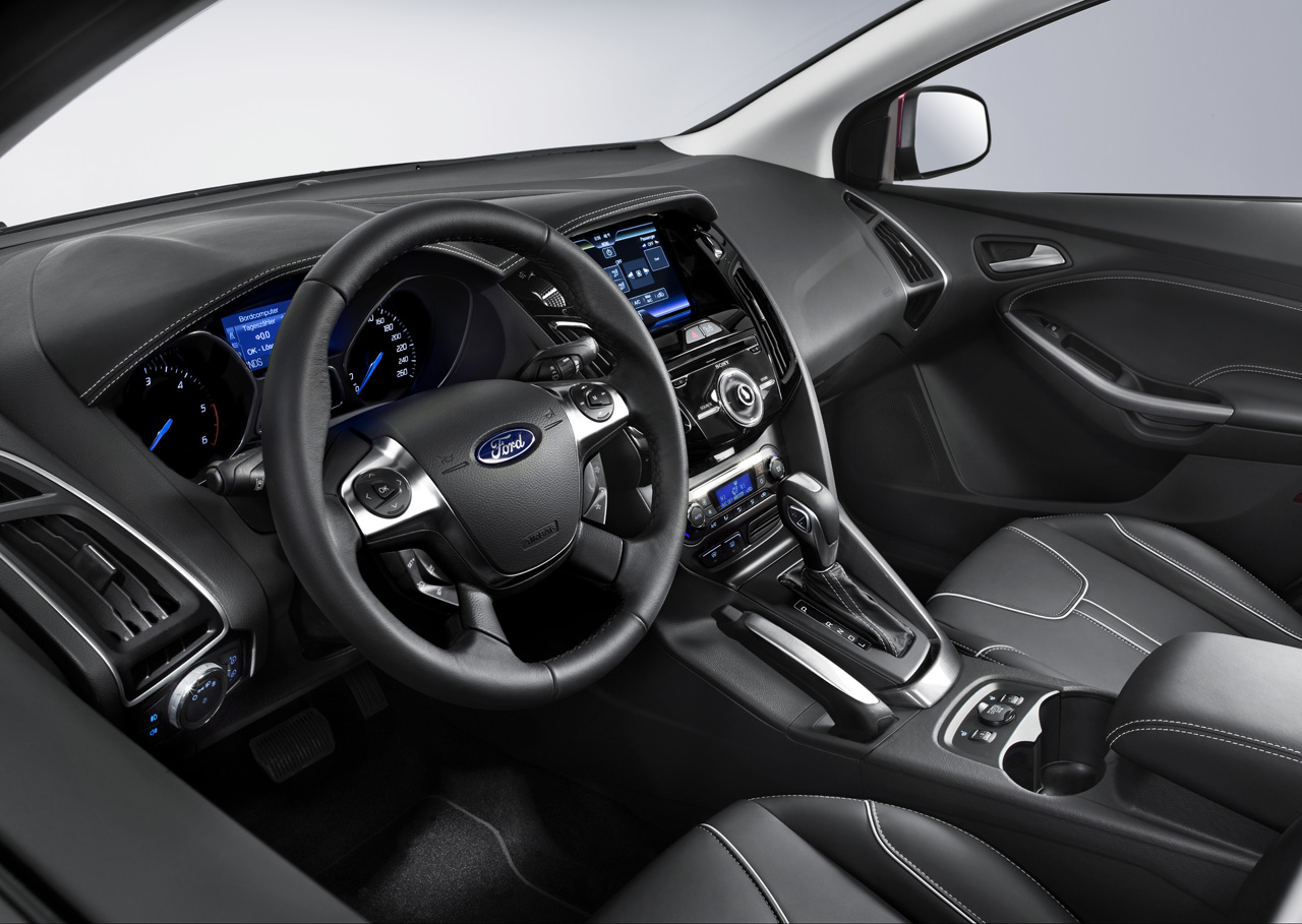 Ford Focus 2012 interior