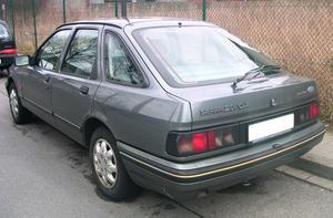 Ford Sierra CLX de 1990.